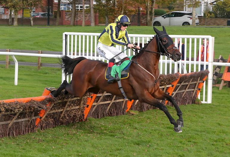 Good Boy Bobby and Sam Twiston-Davies win at Carlisle in October 2018.jpg