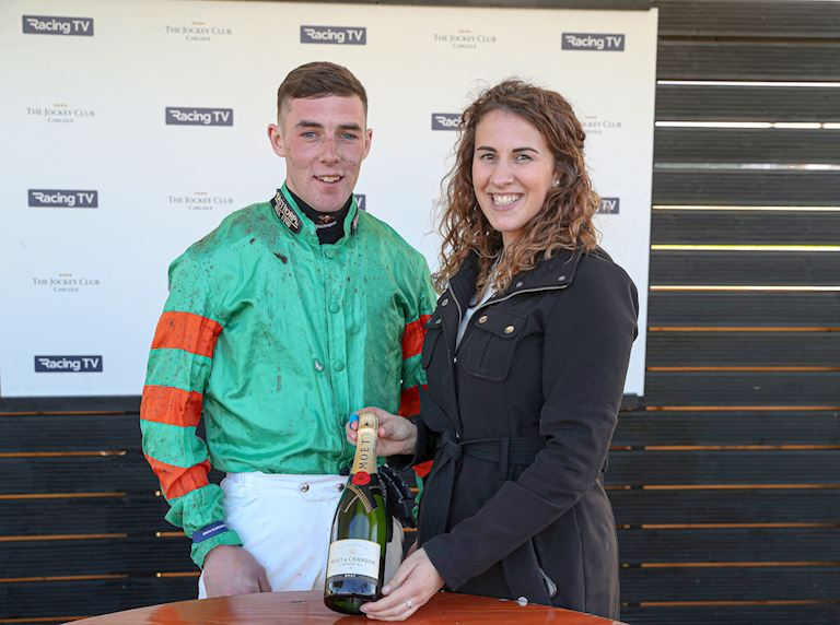 LEE COSGROVE 1ST WINNER.jpg
