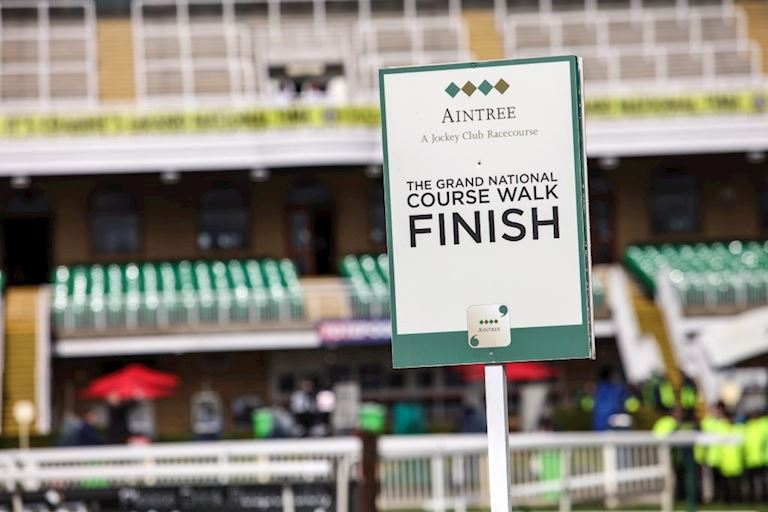 AINTREE_COURSE_TOUR_4.jpg